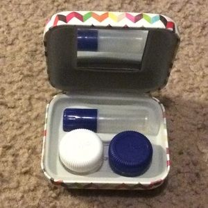 NWOT Overnight Travel Contact Case